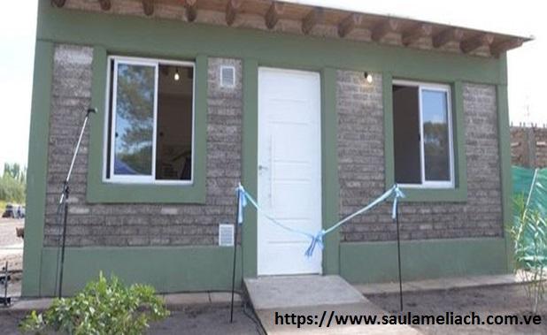 Saul Ameliach - Primera vivienda de ladrillos ecológicos